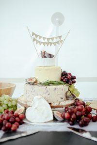 Wedding Cakes and Sweet Treats